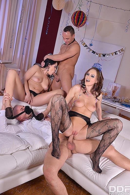 Hot Foot Fetish Foursome Porn Hq Pics