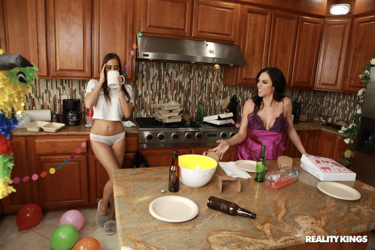 Reality Kings Ariella Ferrera & Desiree Dulce in Post Party Cleanup 1