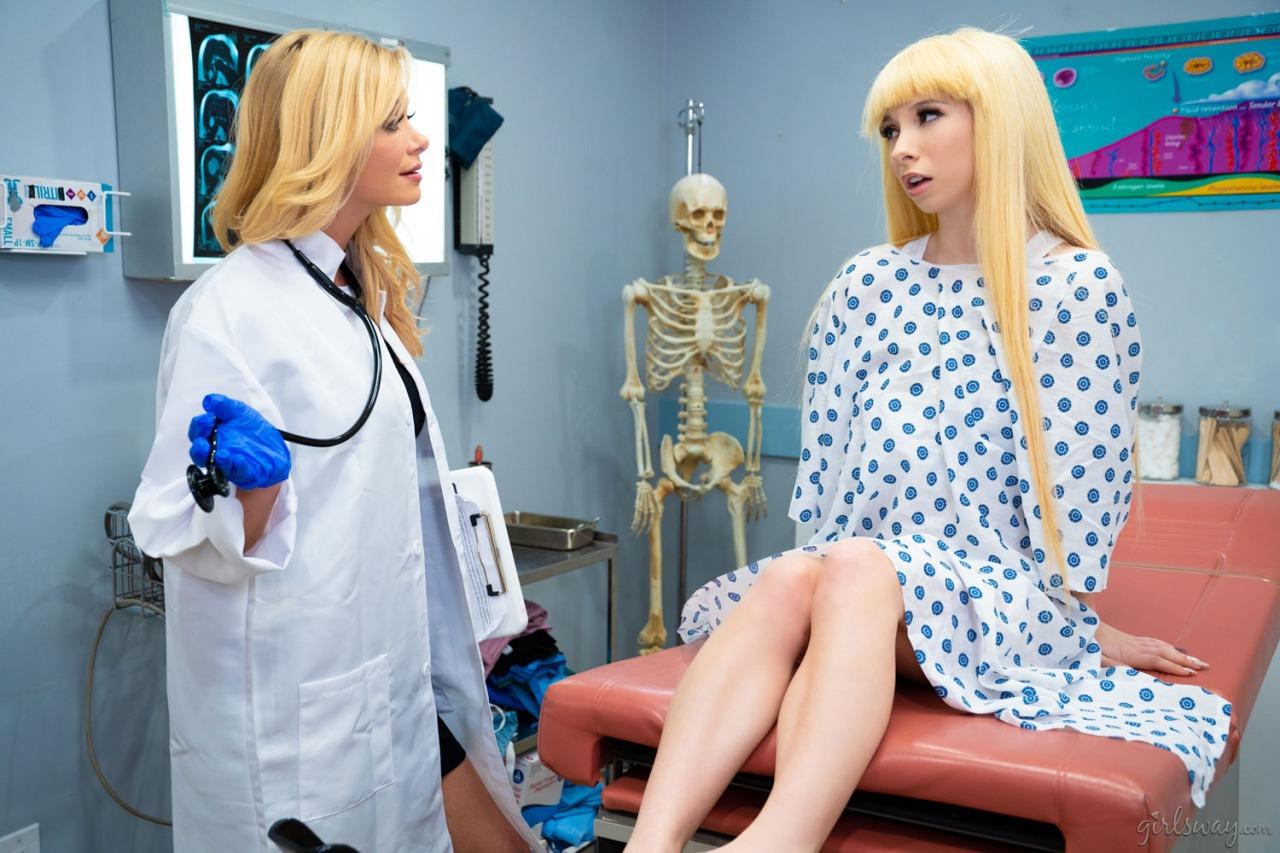 Girlsway - Kenzie Reeves Diagnosis Squirter 1