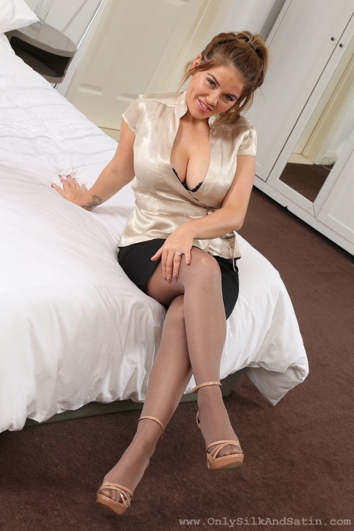Only Silk and Satin: Siobhan Graves - 2