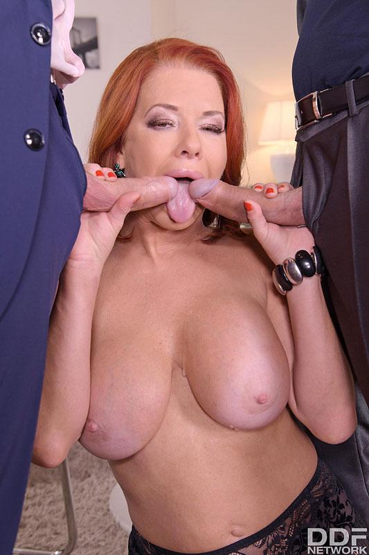 Hands on Hardcore Veronica Avluv - Busty Brunette's Thrilling Threesome 5