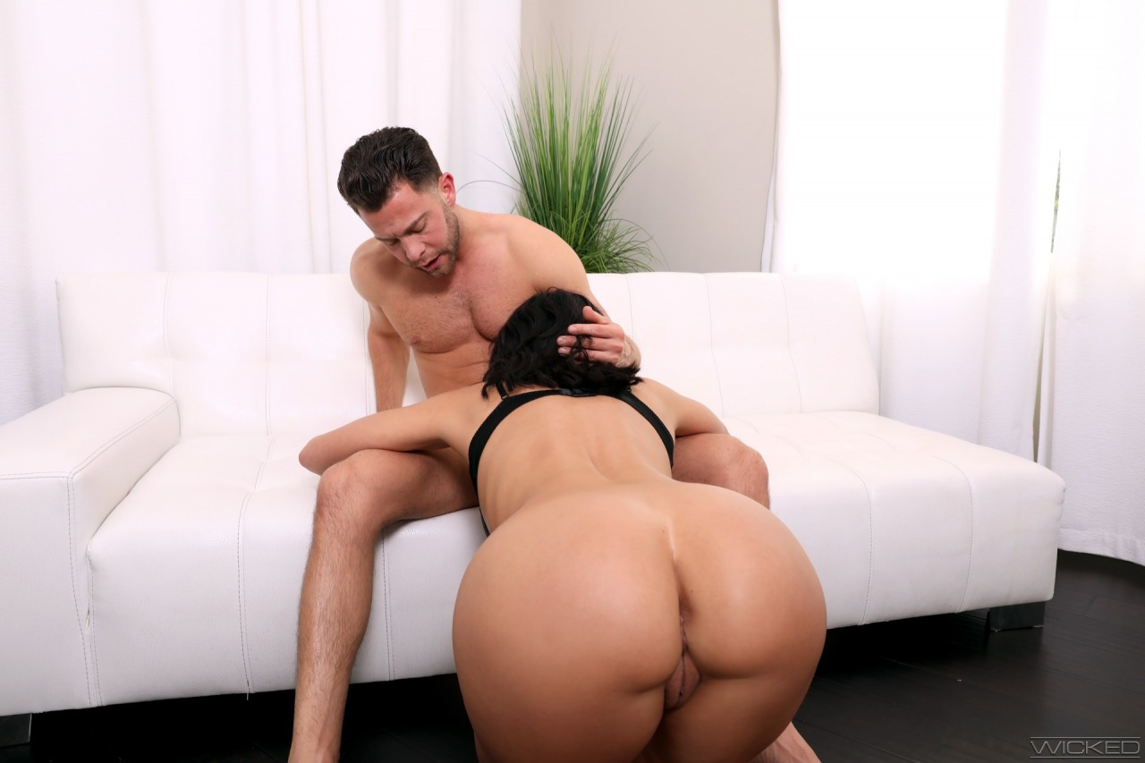 Wicked: Becky Bandini - Axel Braun's Busty Hotwives 2 10