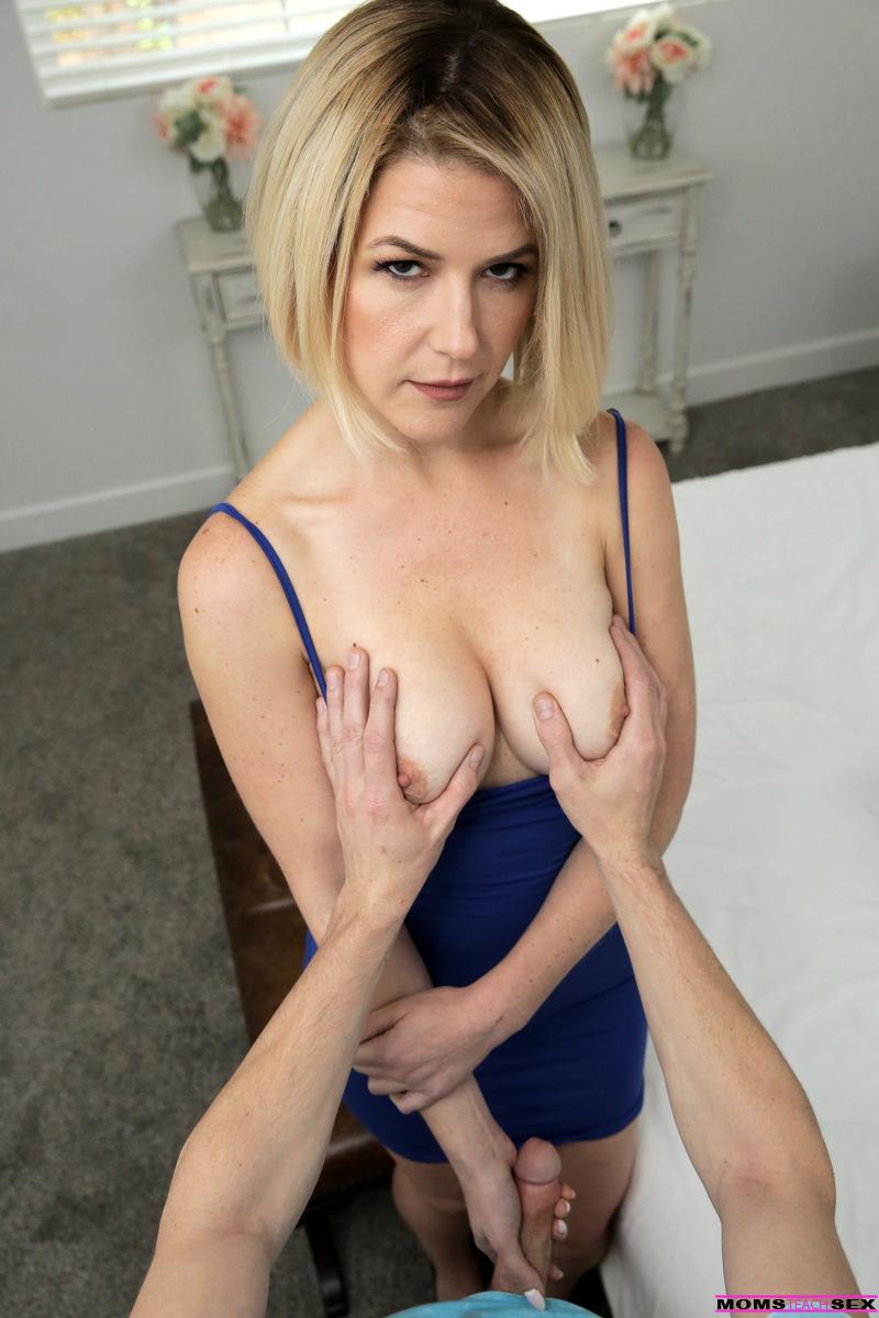 Moms Teach Sex - Kit Mercer 9
