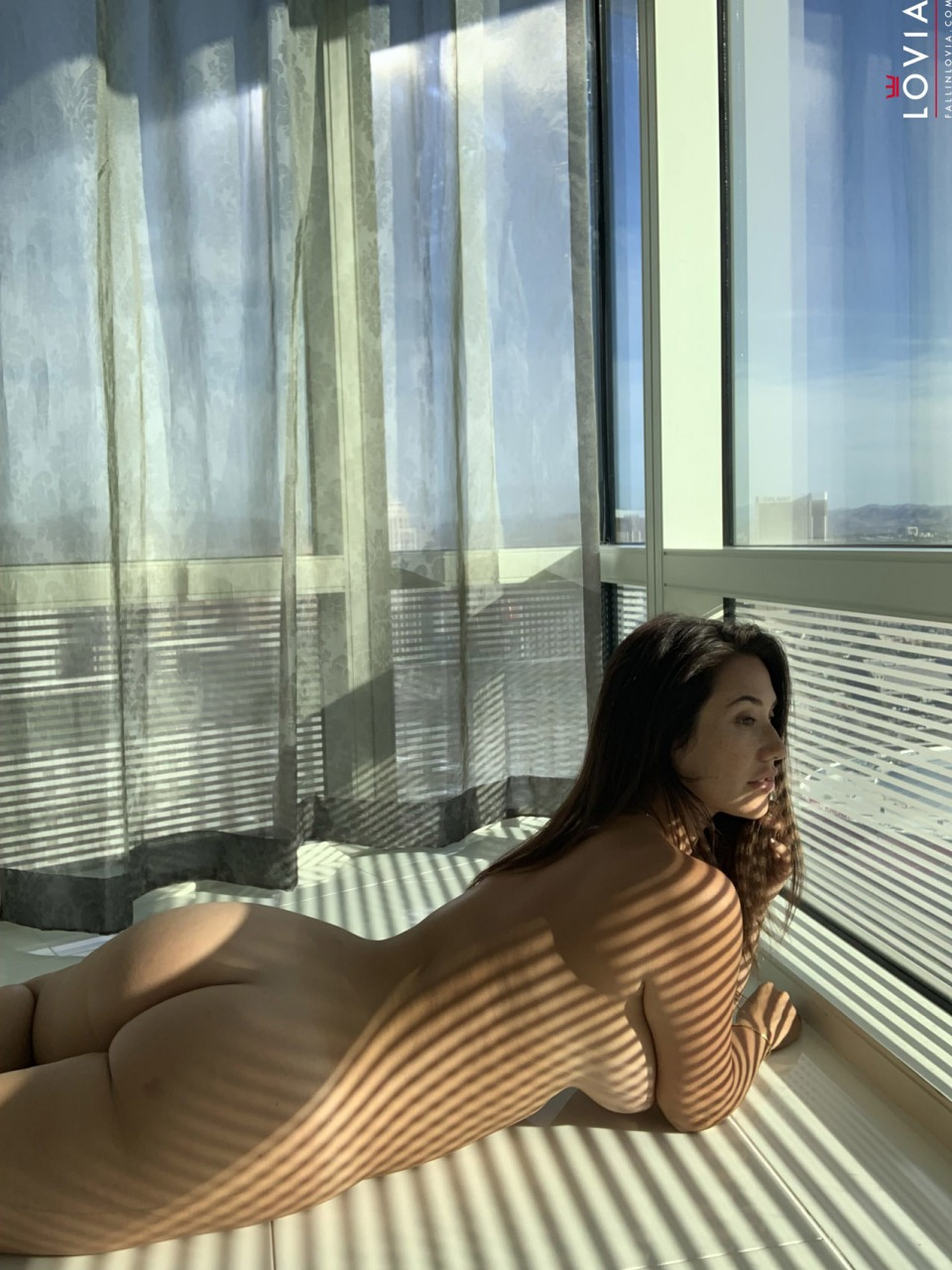 Eva Lovia - Waking Up In Vegas 12
