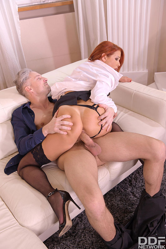 DDF Busty: Veronica Avluv - Busty Milf on Anal Assignment 10