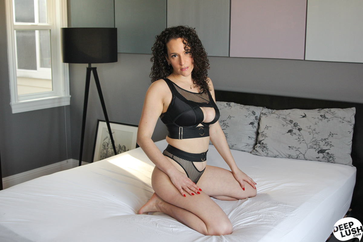Deep Lush Mistress Blunt - Edging Games And Creampie 1