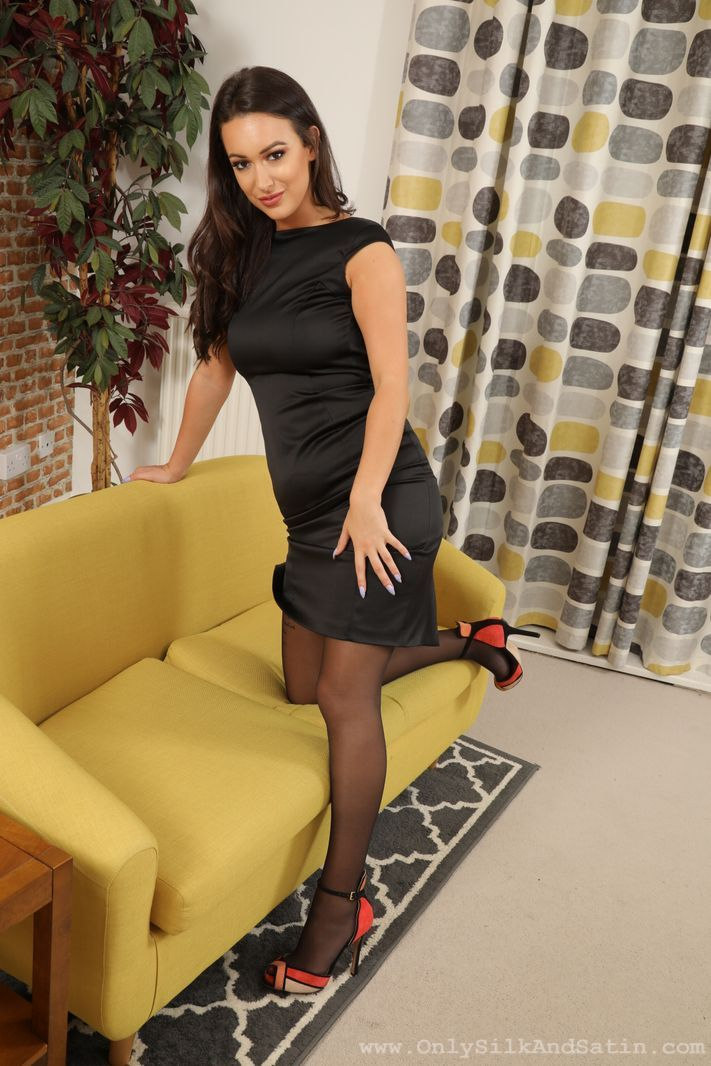 Only Silk and Satin: Lauren Louise - 2