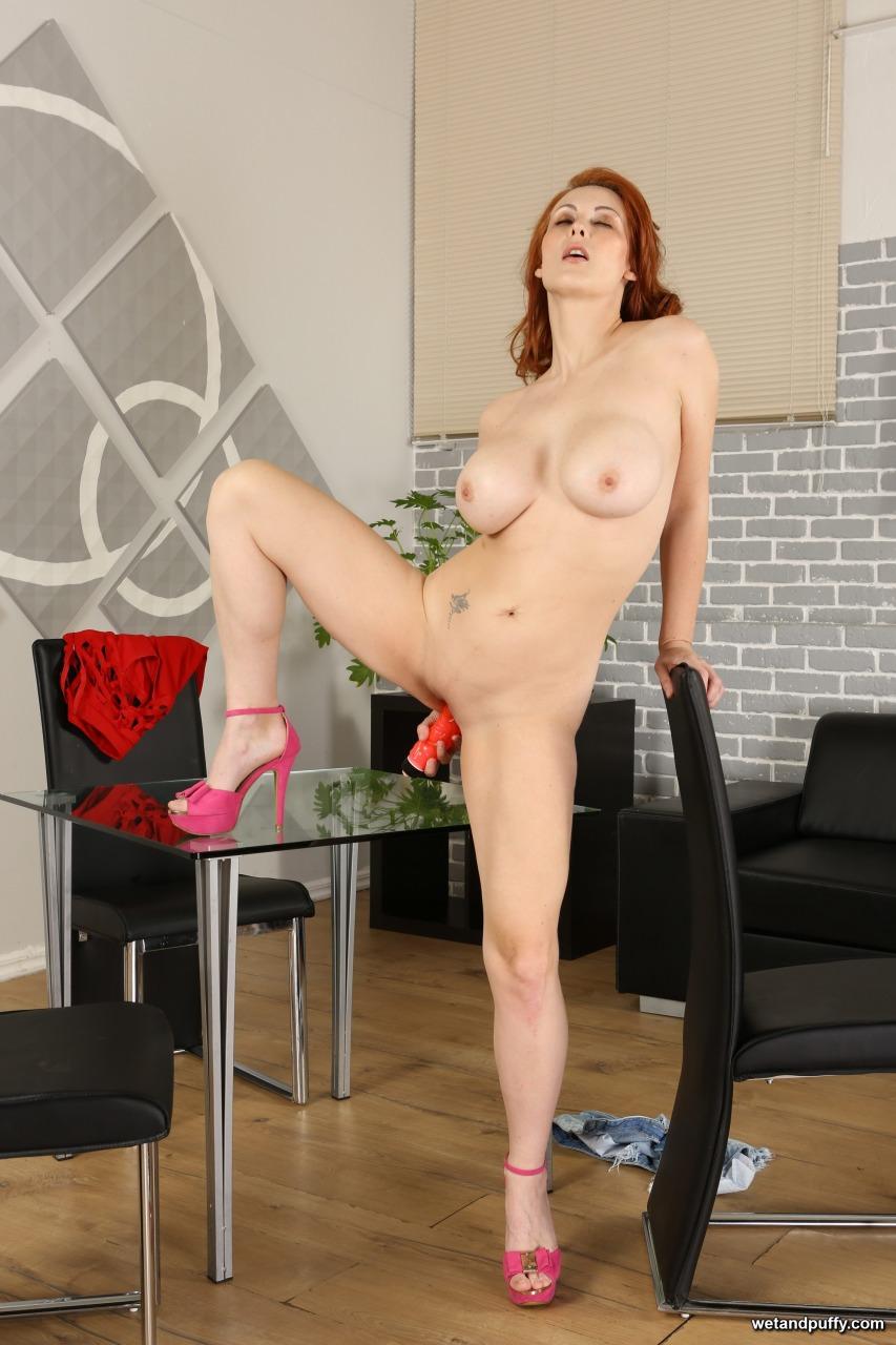 Wet & Puffy Isabella Lui - Big Tit Redhead 14