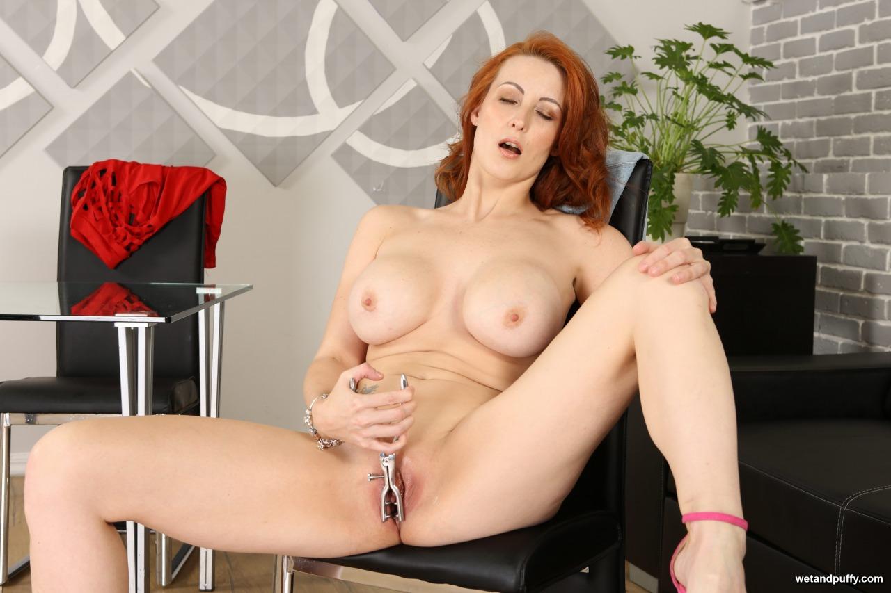 Wet & Puffy Isabella Lui - Big Tit Redhead 8