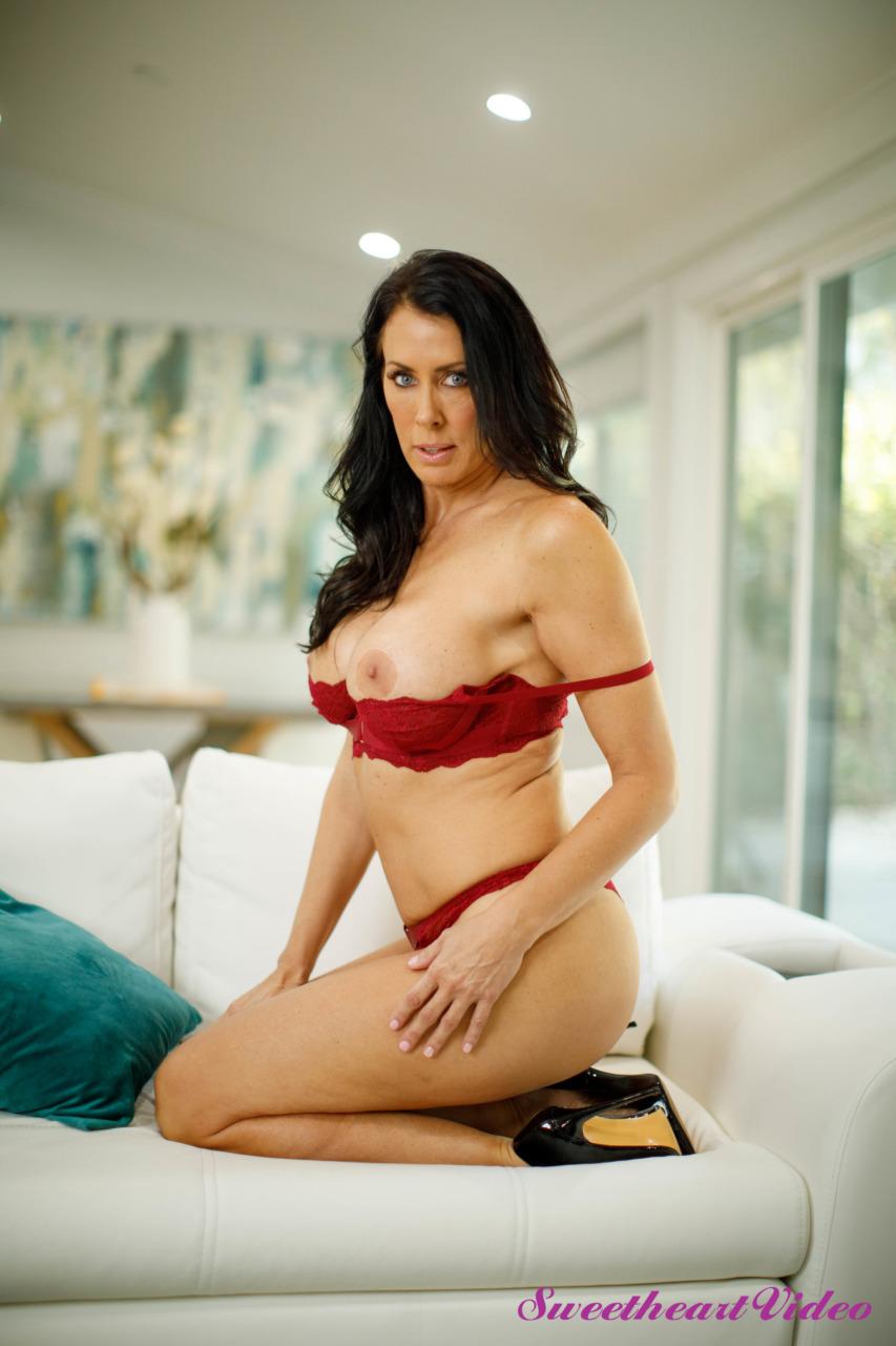 Sweetheart Video: Jade Baker