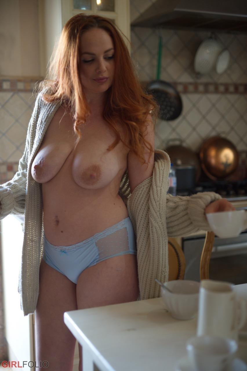 Girlfolio: Kara Carter - Kara's Got The Cream 3