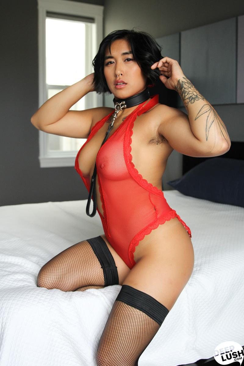 Deep Lush Mia Li - Friendly Intimacy 12