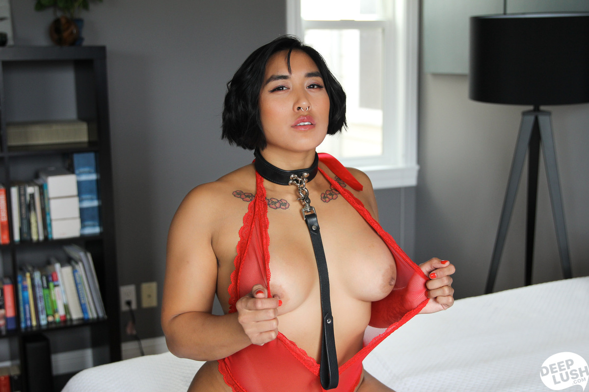 Deep Lush Mia Li - Friendly Intimacy 14