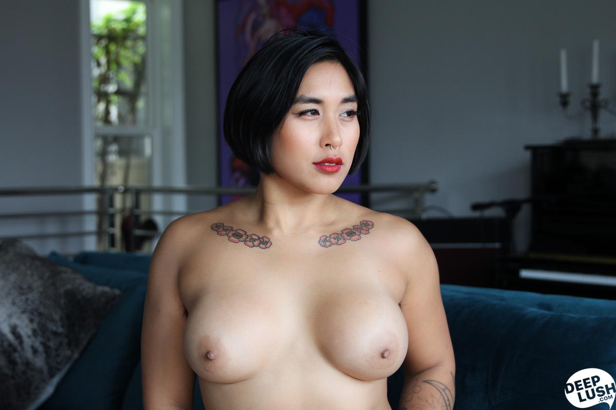 Deep Lush Mia Li - Friendly Intimacy 1
