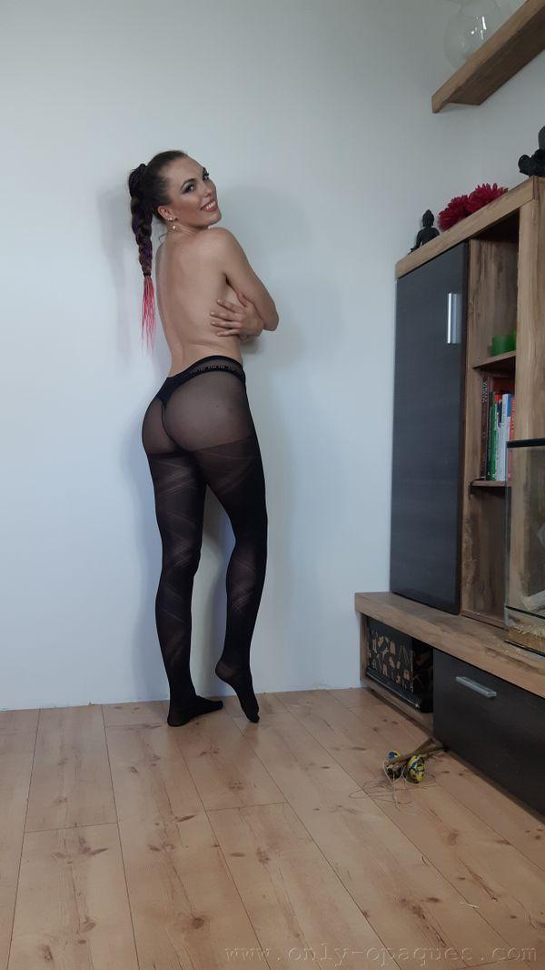 OnlyOpaques: Dominika K - 11