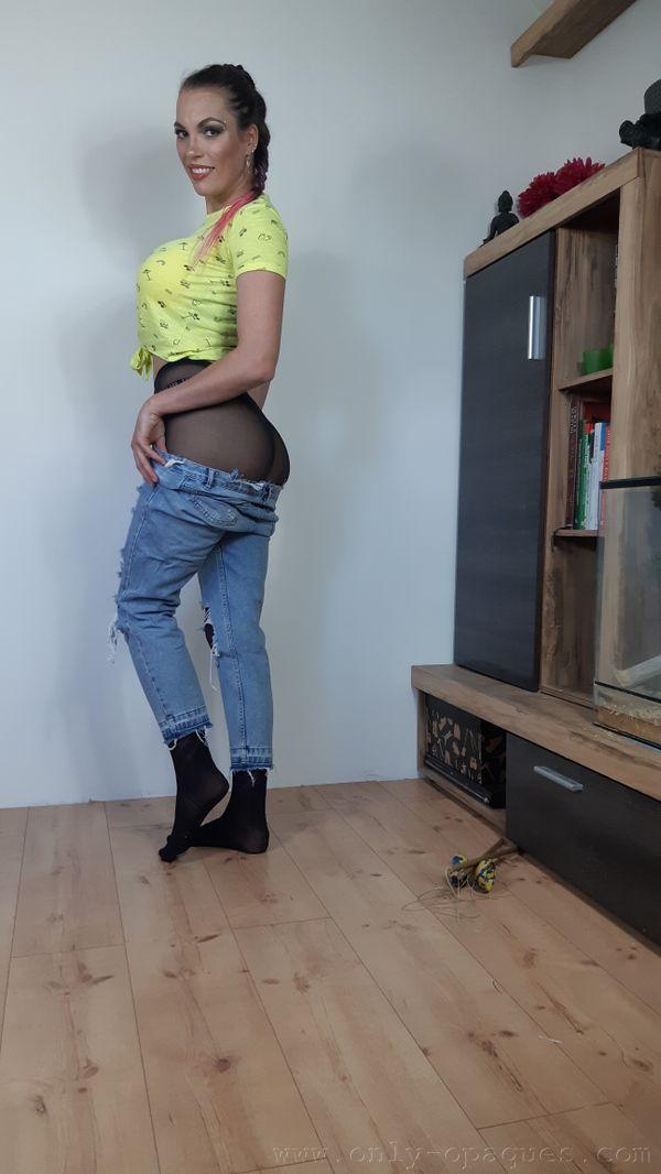 OnlyOpaques: Dominika K - 3