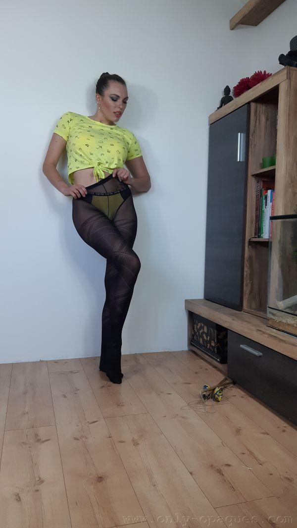 OnlyOpaques: Dominika K - 5