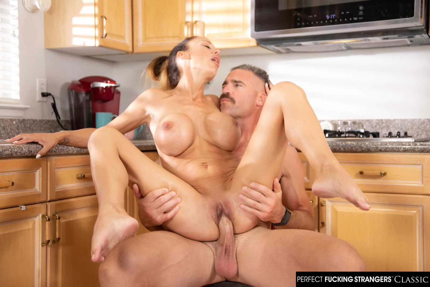 Naughty America - McKenzie Lee Cheating Wife in Action 9