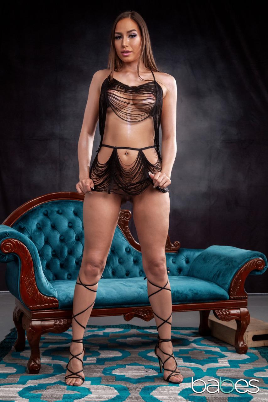 Babes Network: Desiree Dulce - 4