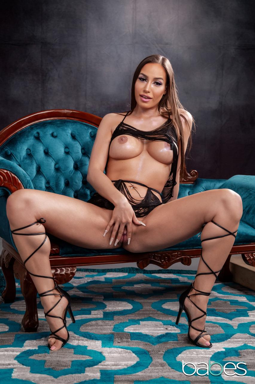 Babes Network: Desiree Dulce - 5