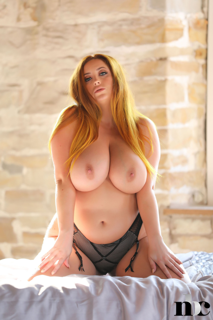 Nothing But Curves: Lucy Vixen - 10
