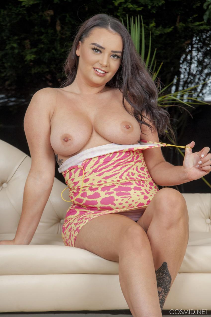 Cosmid: Sasha Bray Busty Newcomer  4