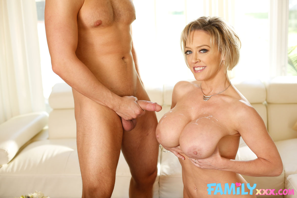 New Sensations - Dee Williams Thick Cougar Rides Dick 12