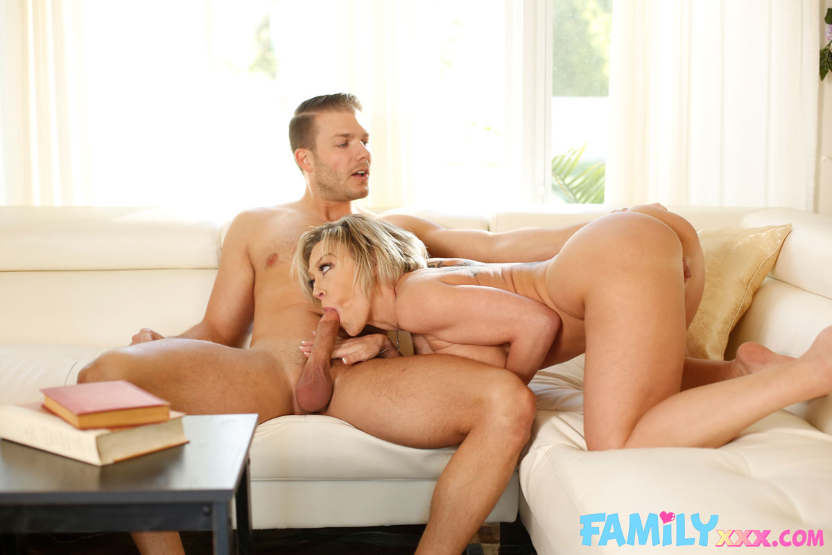 New Sensations - Dee Williams Thick Cougar Rides Dick 6