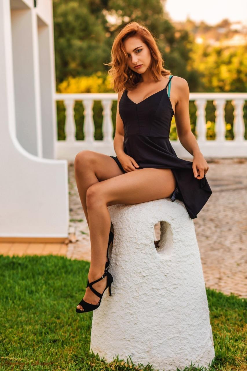 Hayleys Secrets: Sophia S - Golden Girl 4