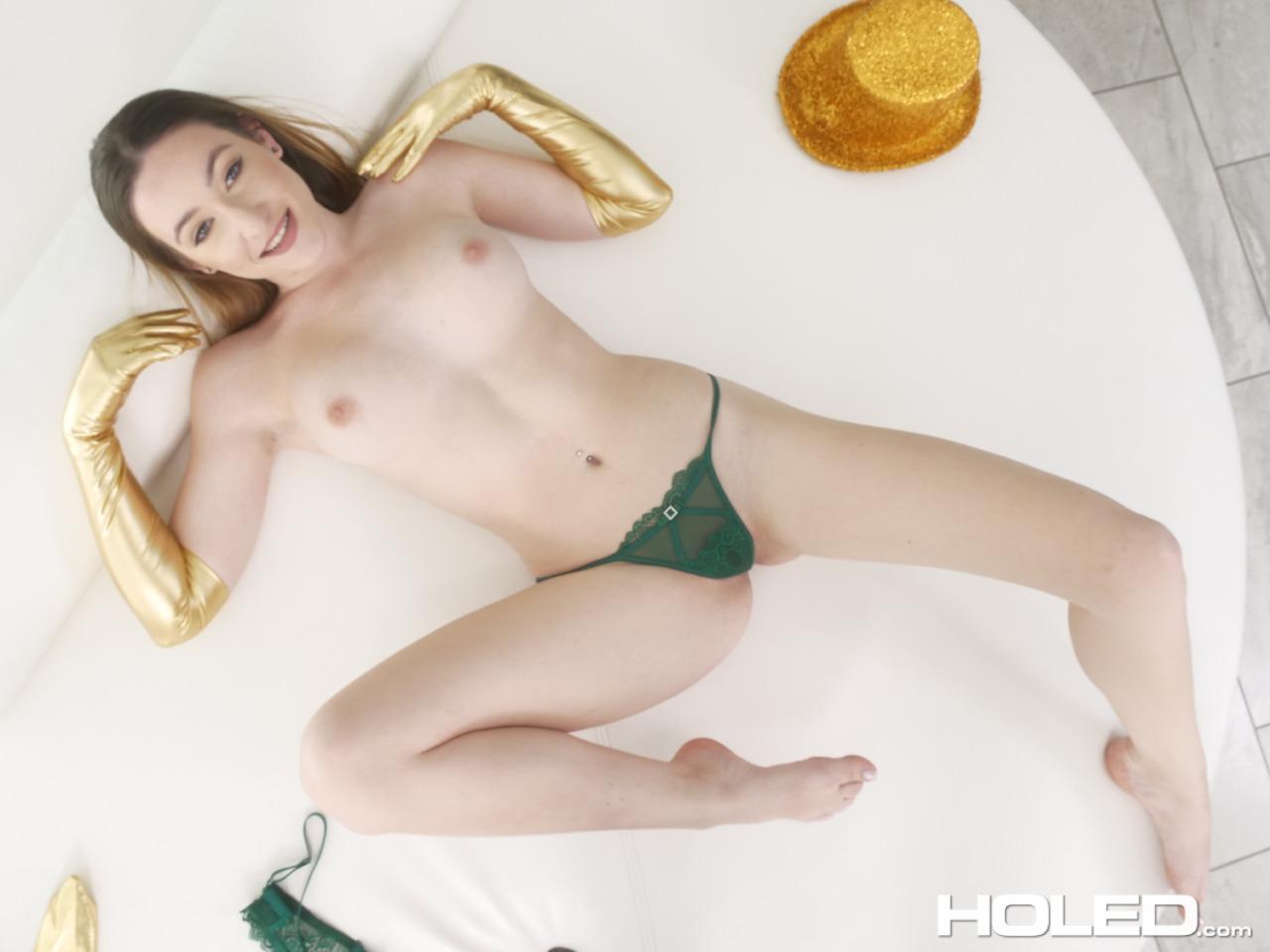 Holed: Everly Haze - 3