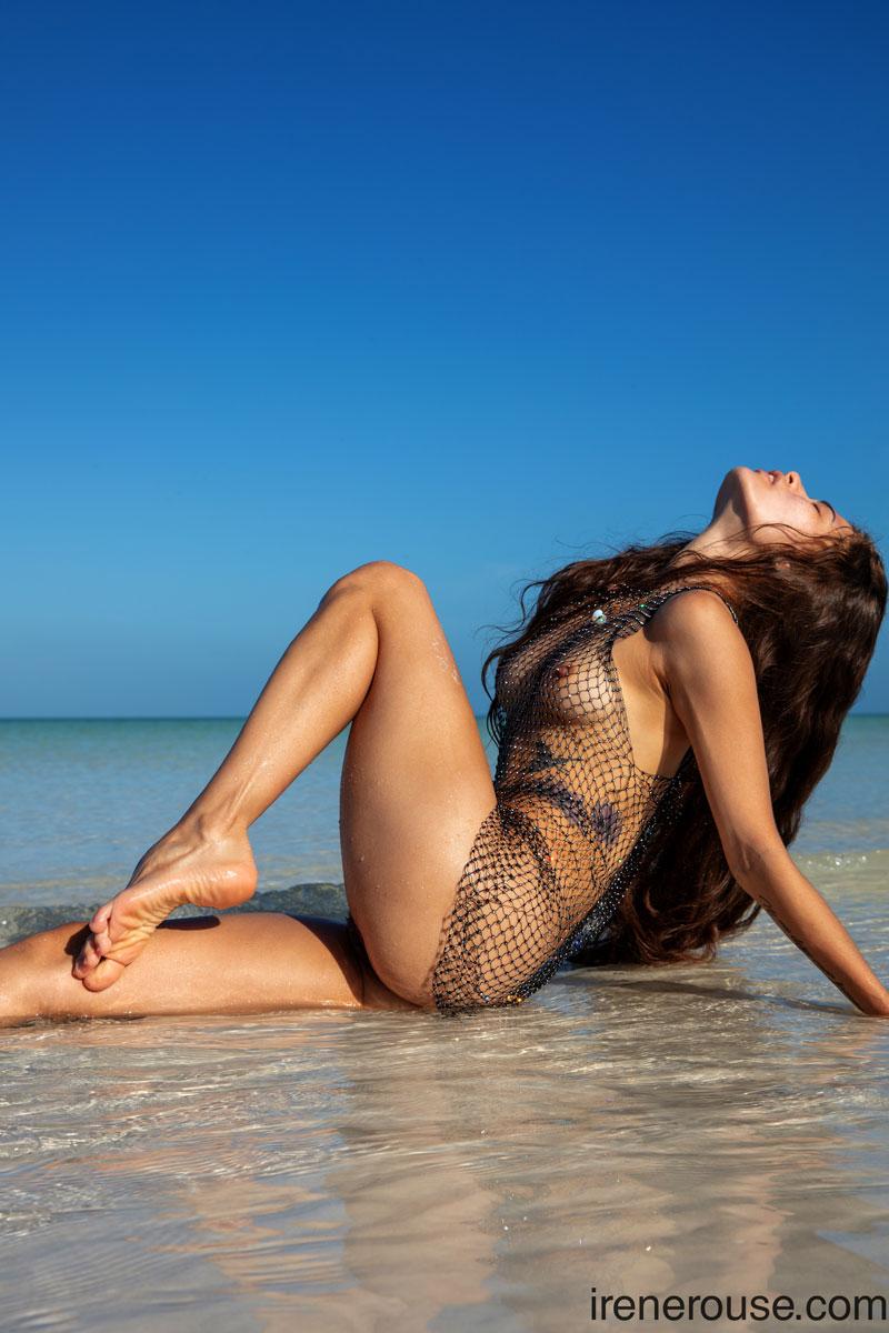 Irene Rouse Wet Beach Latina 11