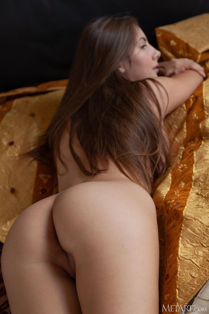 Zishy: Conny Carter Soft Tits 11