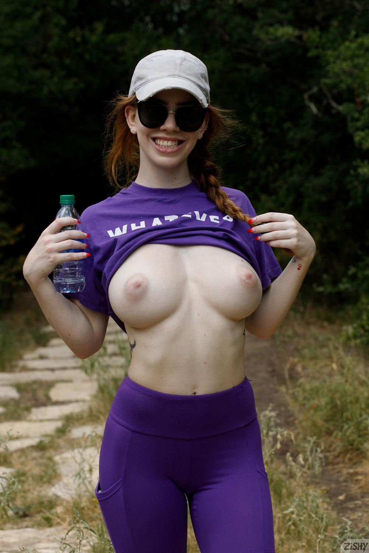 Zishy: Nala Brooks Hard Boobs in the Park 7