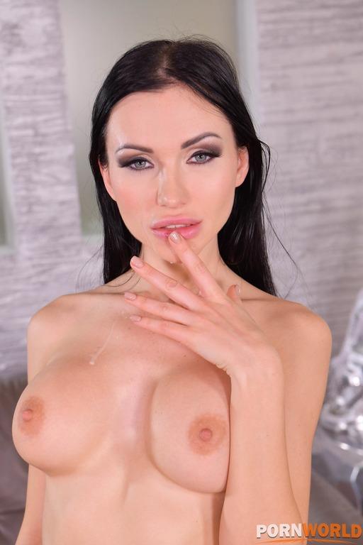 Porn World: Sasha Rose  -