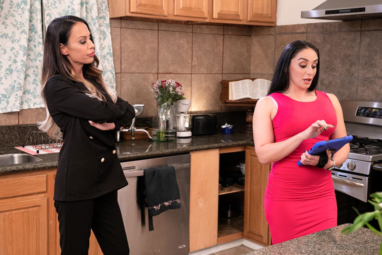 Girlsway - McKenzie Lee & Sheena Ryder in Tastes in Common 3