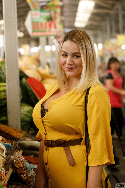 Zishy: Ivanna Ershova in Yellow 4
