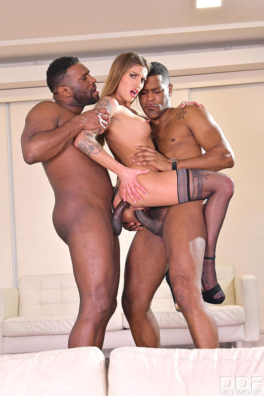 Hands on Hardcore: Yves Morgan & Darrell Deeps - Cute Czech Saleswoman Silvia Dellai Closes the Deal on Two BBCs 14