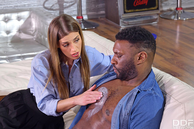Hands on Hardcore: Yves Morgan & Darrell Deeps - Cute Czech Saleswoman Silvia Dellai Closes the Deal on Two BBCs 4