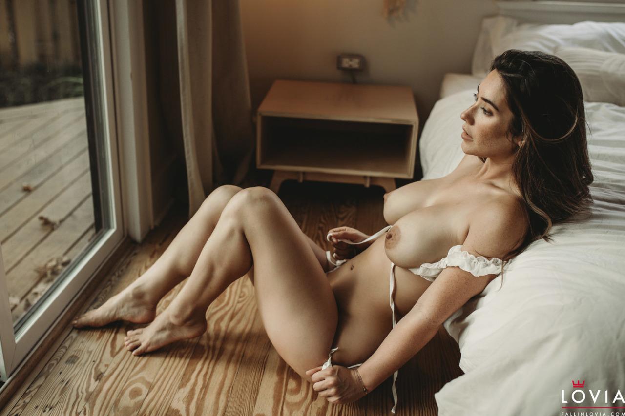 Eva Lovia - Dreamy 8