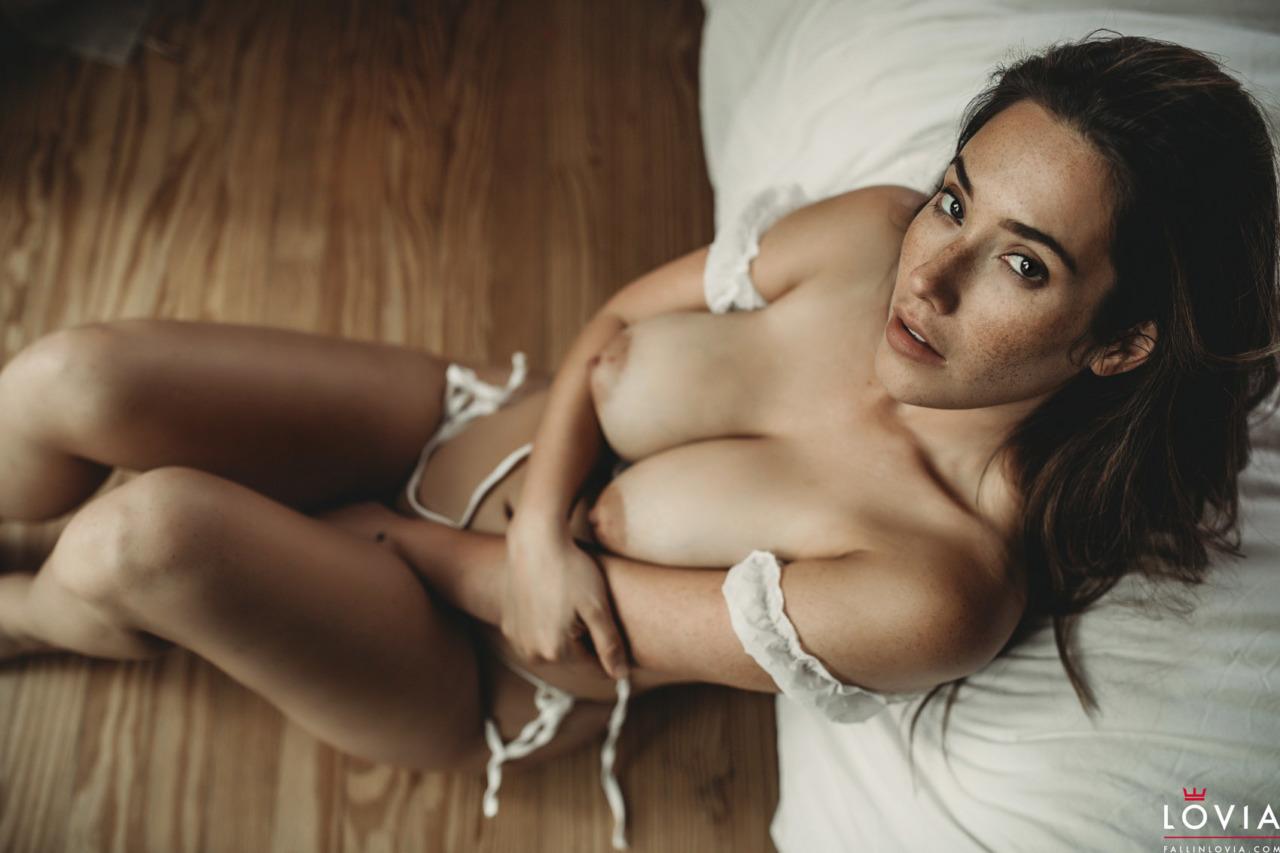 Eva Lovia - Dreamy 10