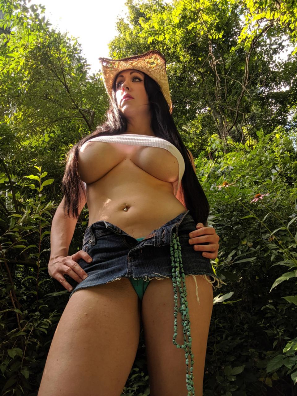 Kayla Kiss - The Busty Cowgirl 7
