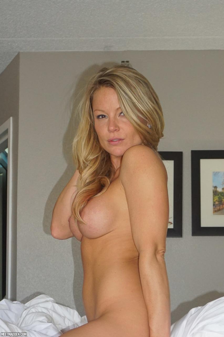 Meet Madden - Naked N Curls 9