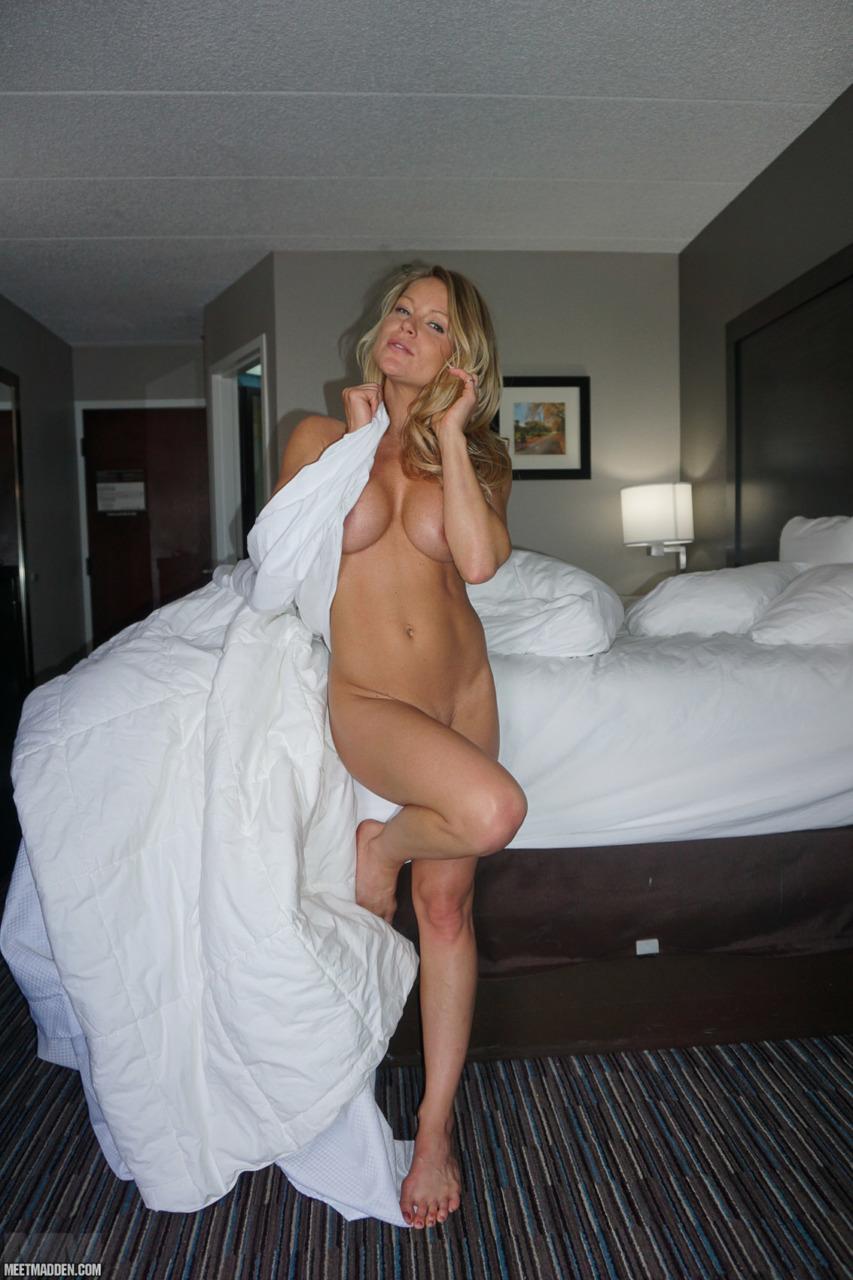 Meet Madden - Naked N Curls 10