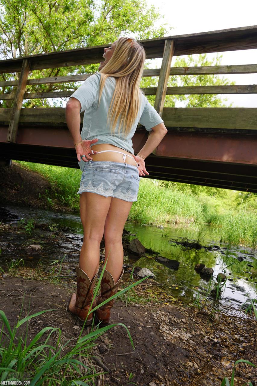 Meet Madden - Walking In The Creek 6