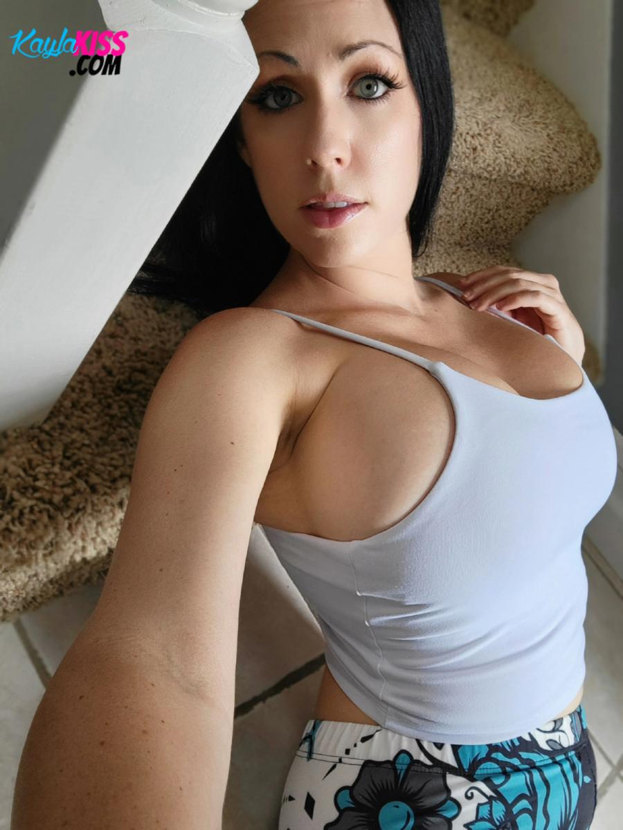 Kayla Kiss - Tank Top And Leggings 8