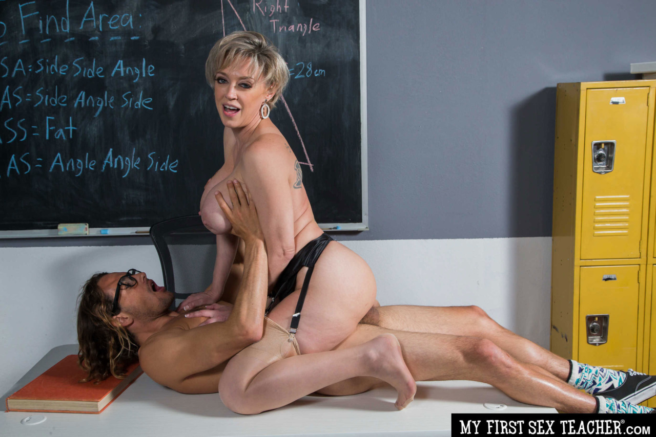 Girlsway - Dee Williams Rides her Student 12