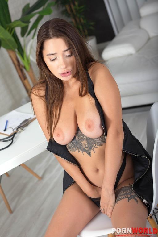 Porn World: Liya Silver  -