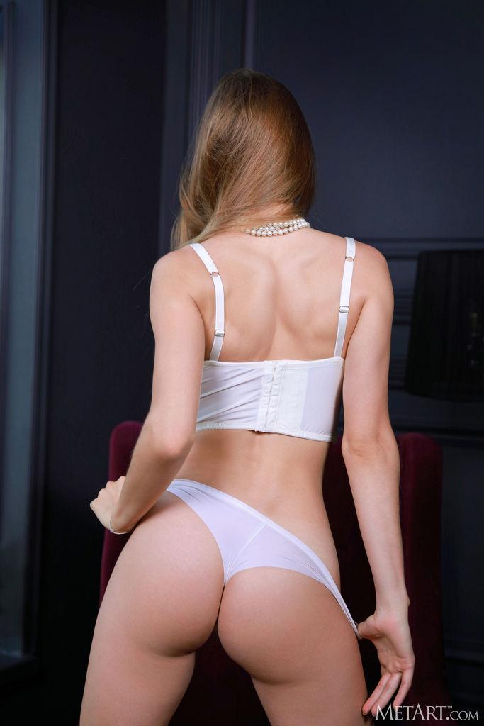 Zishy: Stella Cardo Sexy in Pink Stilettos 2