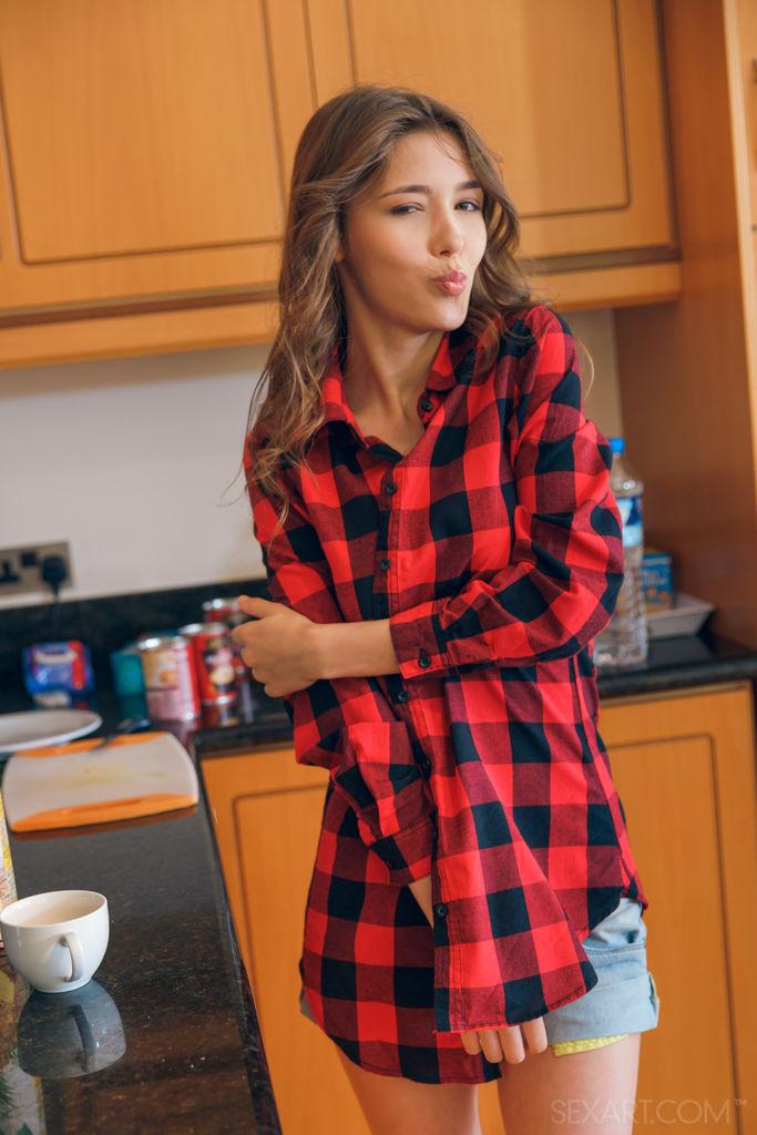 Zishy: Mila Azul Shirt and Cutoffs 2