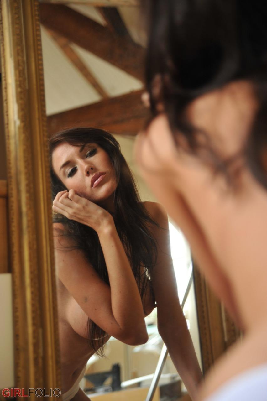 Girlfolio: Bailey  - The Loft 8